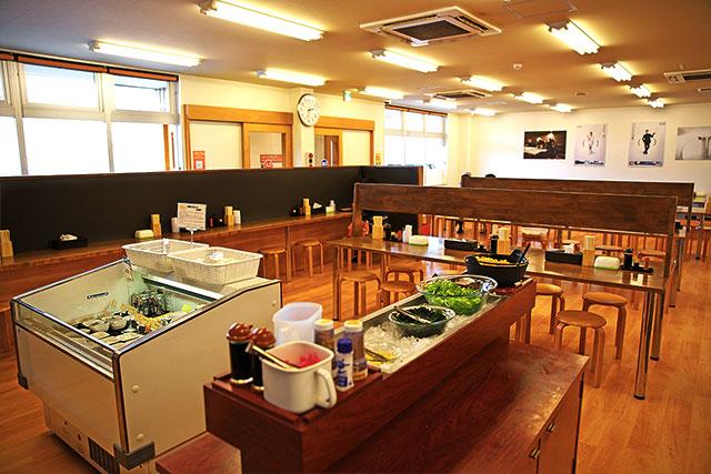 こがね製麺所-カウンター2.jpg