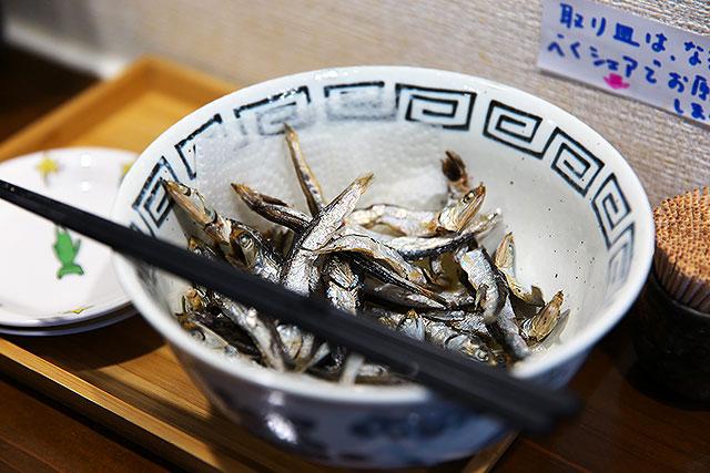 すずむし-煮干し2.jpg
