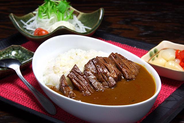たんちゃん-牛タンカレー定食.jpg