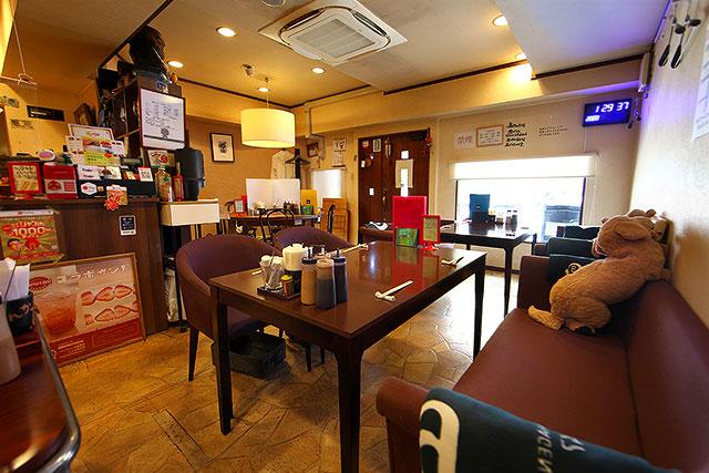 ひがさ番町店-内観2.jpg