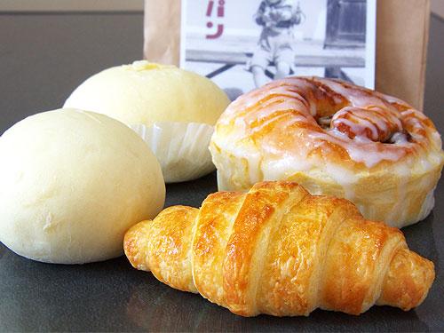 まなべ製パン-パン集合.jpg