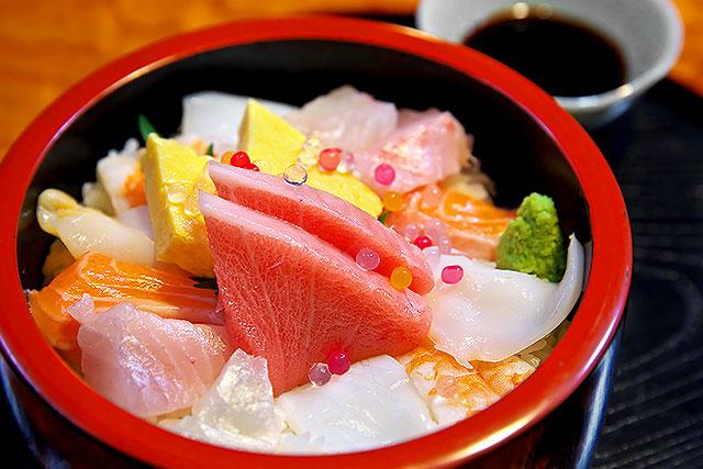 ゆば膳-海鮮ちらし寿司2.jpg