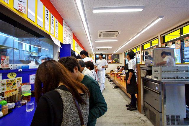 ラーメン・飲茶の 来来亭 (らいらいてい) 高松松縄店-店内.jpg