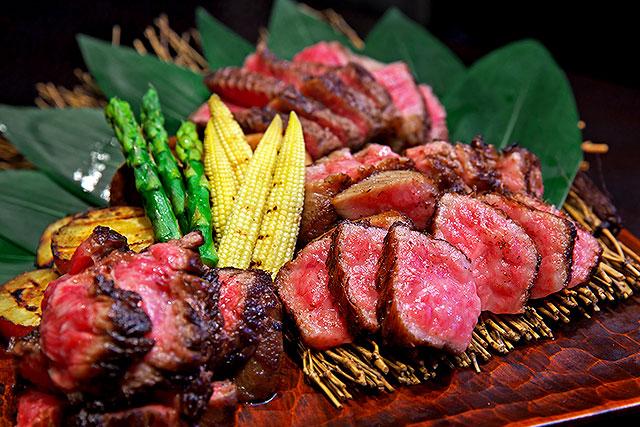 一牛-食べ比べ三種焼2.jpg