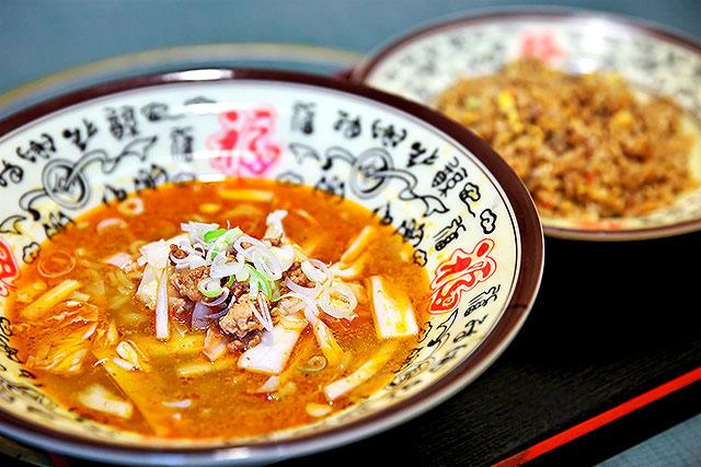 中華料理美味-坦々メン&炒飯2.jpg