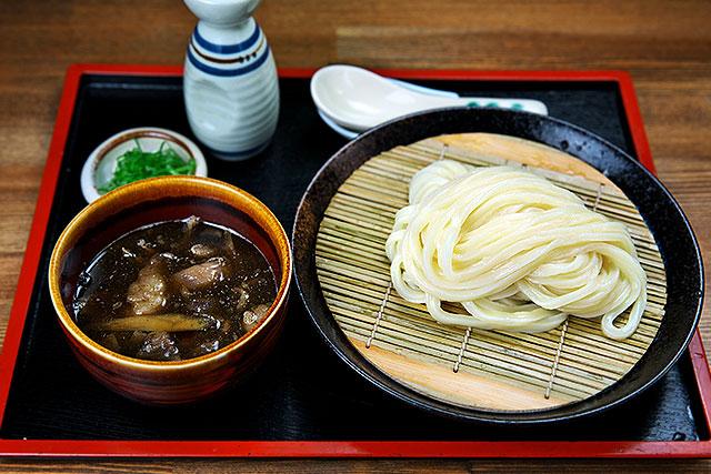 寒川-オリーブ牛すじとゴボウのつけ麺.jpg