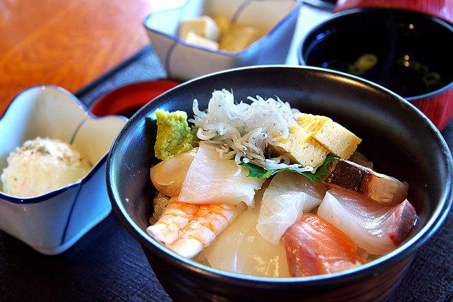 寿司・湯葉料理 ゆば膳-海鮮丼の並.jpg