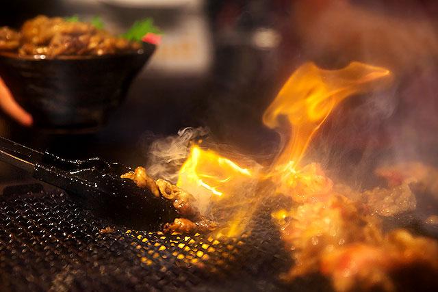 肉のヤマキ商店-炭焼き2.jpg