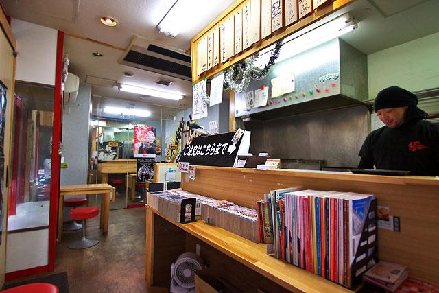 鶏雅-店内2.jpg